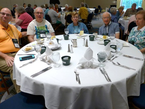 Informal dinner group: Jay Sespico, Mel Grice, Gussie Farrice (Seed Fund Co-Chair), Ben Paternoster, Marilyn Heinrich