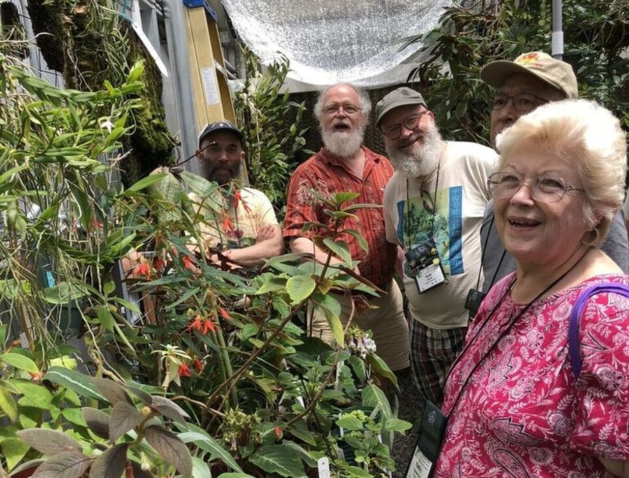 Group with Bob in the greenhouse - Left to right, Peter Shalit, Bob Stewart, Bob Clark, Hung Nguyen and Kathy Spissman